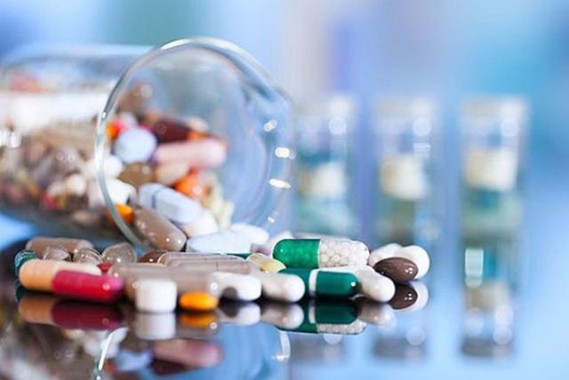 Tự ý sử dụng thuốc tây để điều trị bệnh có thể đem lại tác dụng phụ không mong muốn